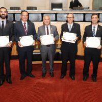 AEAMVI recebe homenagem da Alesc como entidade precursora da engenharia