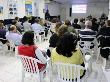 Associados conheceram novas tecnologias e design das piscinas UNLIMITED